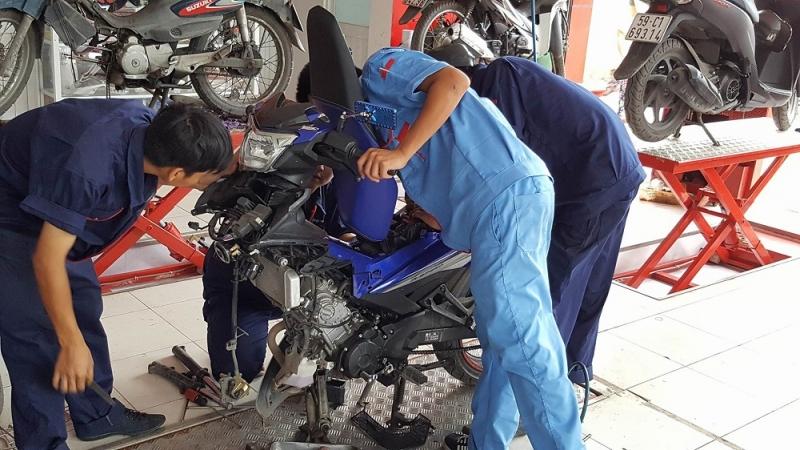 Sửa xe tay côn